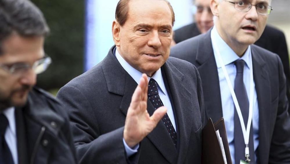 Berlusconi afirma que preferiría ser ministro de economía