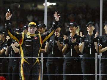 Raikkonen celebra su victoria