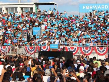 Obama recaba el voto hispano