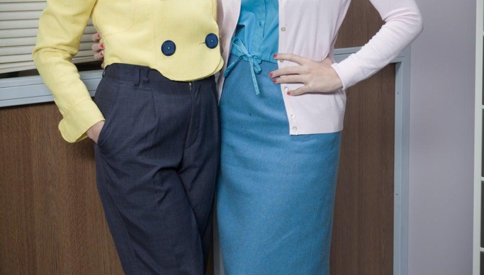 Ledicia Sola y Elena Furiase son Montserrat y Olga