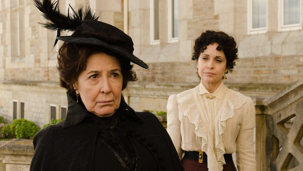Teresa y Doña Ángela