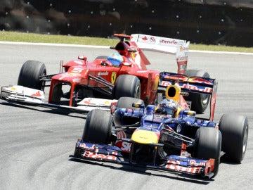 Alonso tras Vettel en Brasil