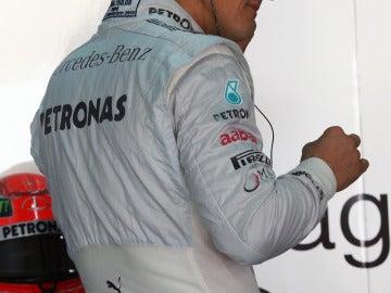 Schumacher, en el box de Mercedes