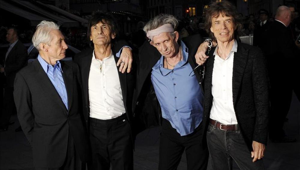 Los Rolling Stones desataron en Londres el delirio de cerca de 20.000 seguidores