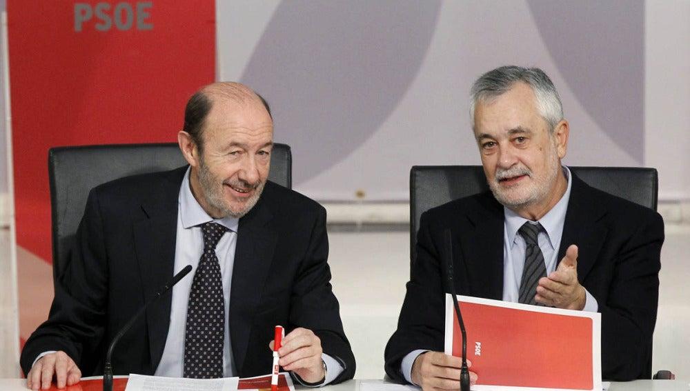 Rubalcaba y Pere Navarro tras las elecciones en Cataluña