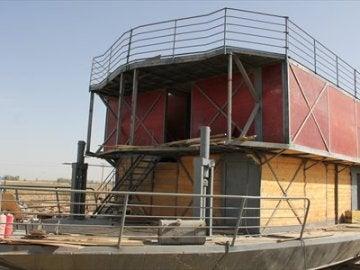 Arca en construcción con la que un chino pretende salvarse del apocalipsis