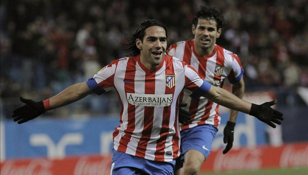 Falcao celebra uno de sus cinco goles