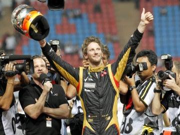 Romain Grosjean celebra su victoria en la 'Carrera de Campeones'