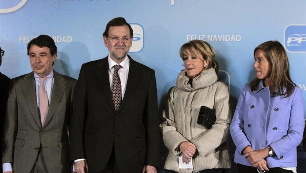 Mariano Rajoy acompañado por Ignacio González, Esperanza Aguirre y Ana Mato.