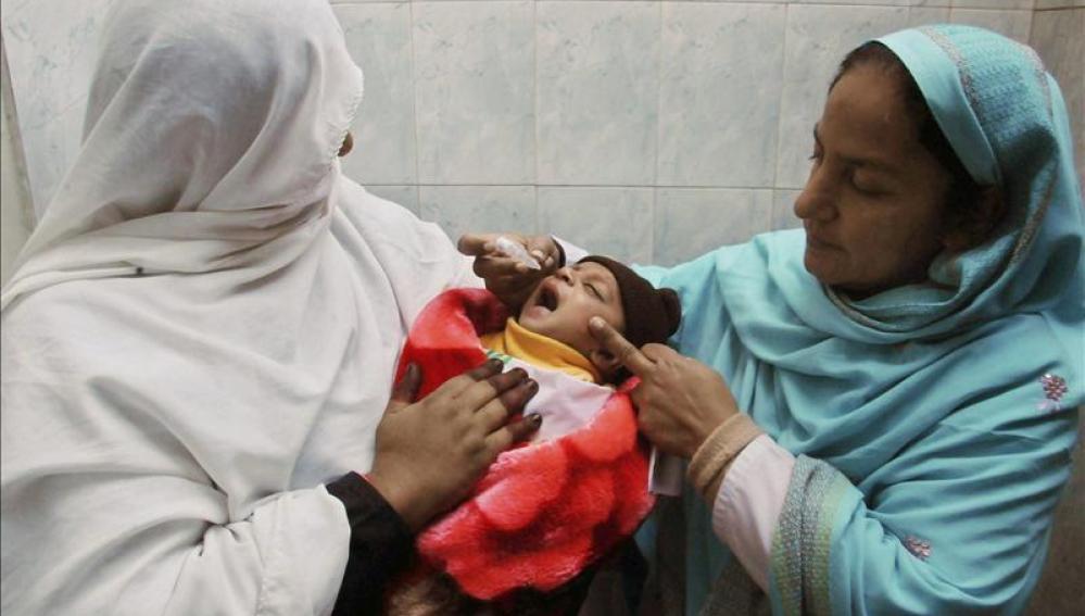 Vacunadores de la polio en Pakisktán