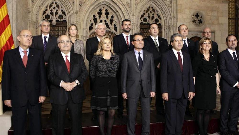 Mas presenta al nuevo gobierno de Cataluña