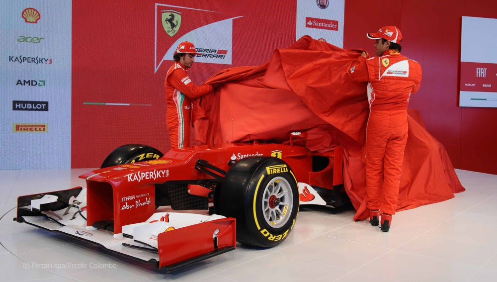 Alonso y Massa destapan el F2012
