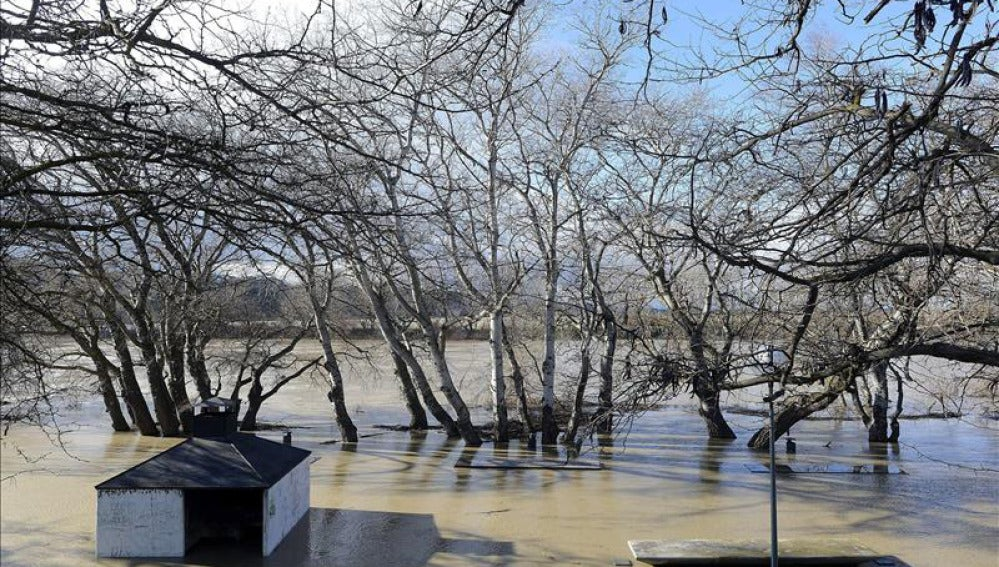 La lluvia inunda las huertas