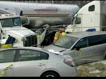 50 coches involucrados en un accidente de tráfico en Ohio