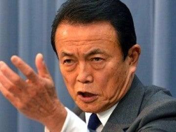 El ministro de finanzas japones, Taro Aso
