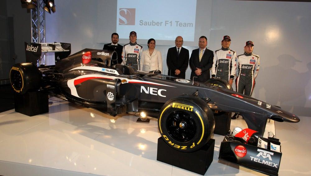 El equipo Sauber, con el C32