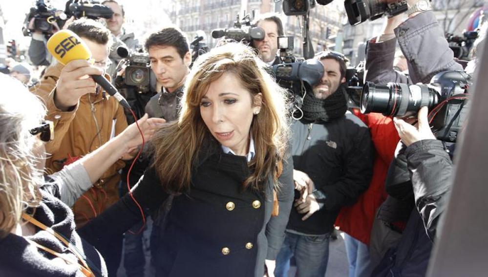 Alicia Sánchez-Camacho en Génova