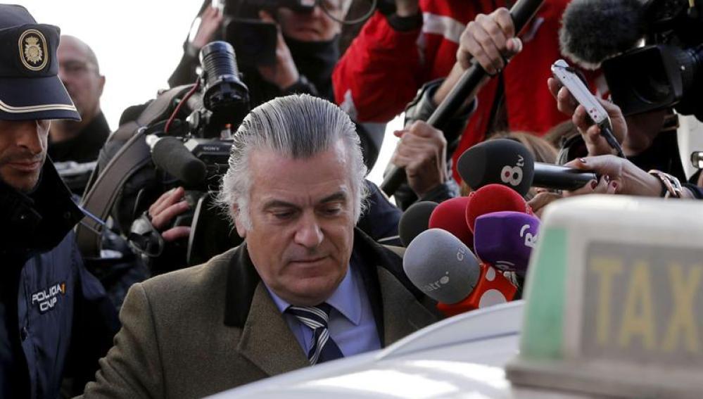 Luis Bárcenas abandona la Fiscalía Anticorrupción