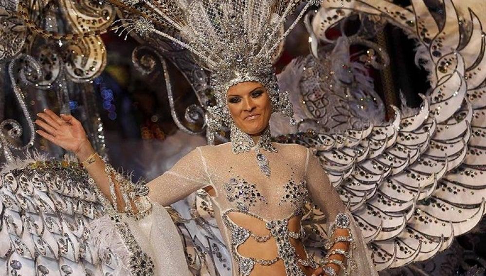 La candidata Soraya Rodríguez, reina del Carnaval de Tenerife.