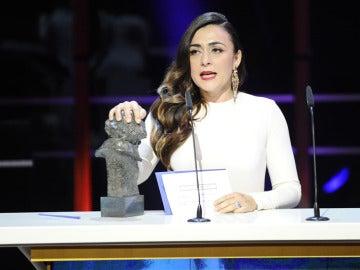 Candela Peña, 'Una pistola en cada mano'