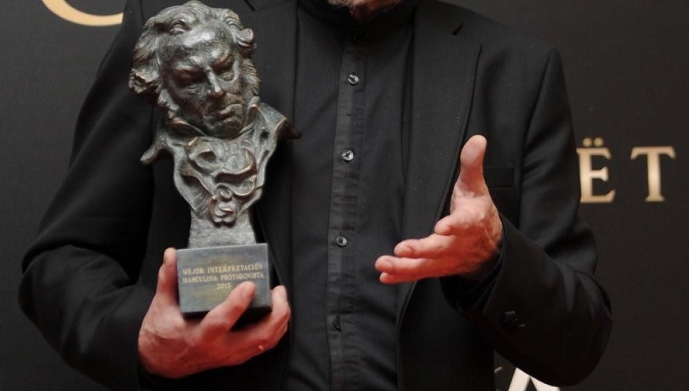 José Sacristán pse llevó el Goya al mejor actor or 'El muerto y ser feliz'