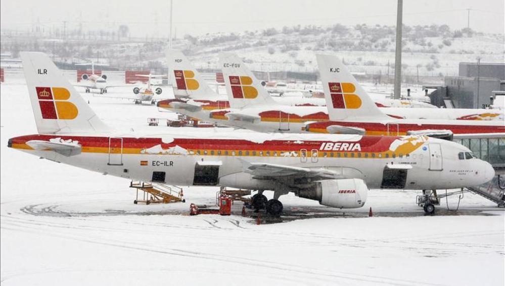 Barajas, cubierto de nieve