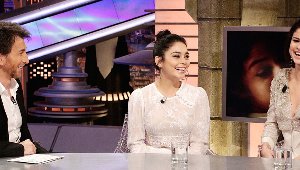 Selena Gómez se divierte con Pablo Motos