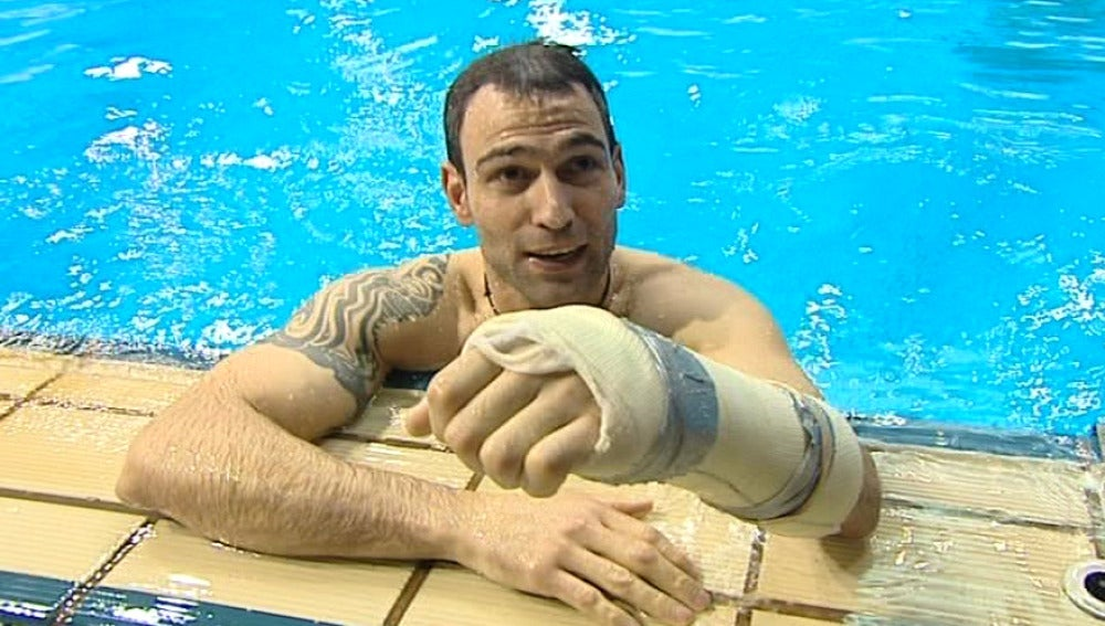 Darío Barrio está muy contento de volver a meterse en el agua tras la lesión