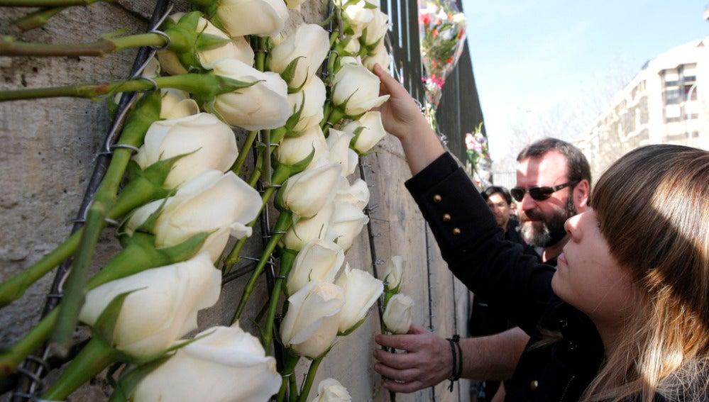 Familiares y víctimas del 11-M en un homenaje