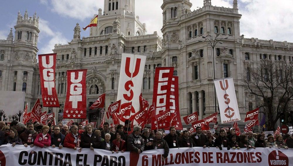 Manifestación en Madrid convocada por la cumbre social