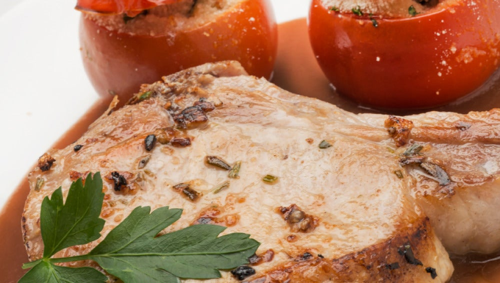 Chuletas de cerdo con salsa de cebolla