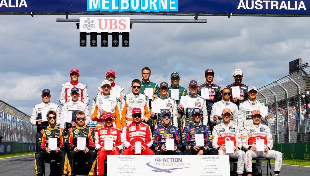 Foto de familia de la F1 2013