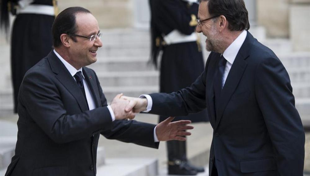 François Hollande recibe a Mariano Rajoy en El Elíseo