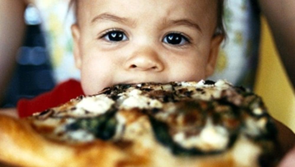 La 'comida basura' en el embarazo crea adicción