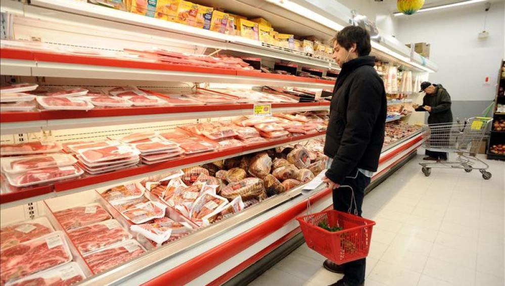 Sección de congelados de un supermercado.