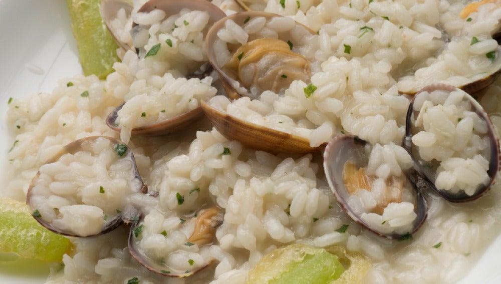 arroz caldoso con tempura de borraja