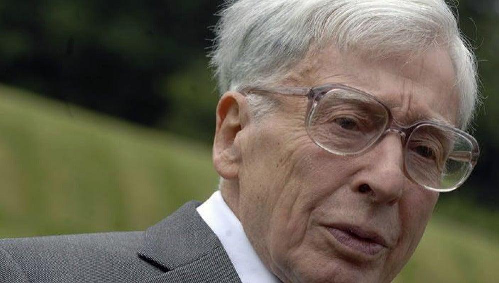 Muere el Nobel británico Robert Edwards