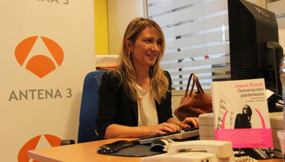 Joana Bonet responde las preguntas de los internautas.