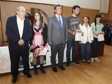 Los galardonados con los Premios Ricardo Ortega 2013