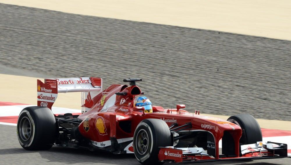 El F138 de Alonso en Sakhir