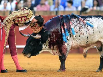 El diestro Juan José Padilla ante su segundo toro
