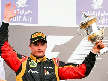 Raikkonen, en el podio de Baréin