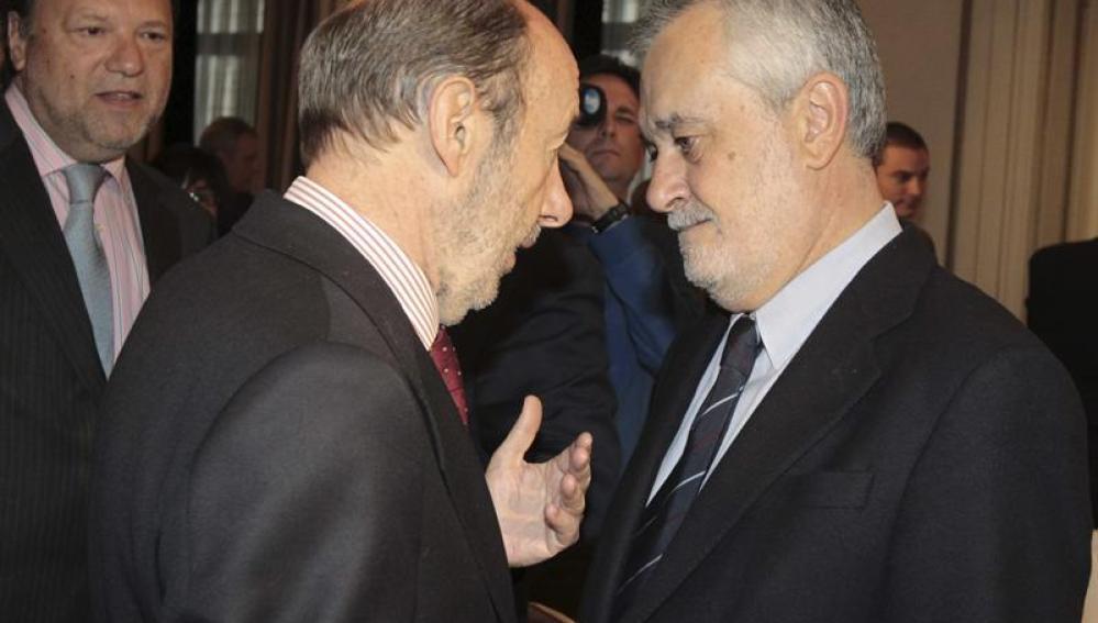 Alfredo Pérez Rubalcaba junto a José Antonio Griñán