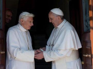 Benedicto XVI y Francisco, en El Vaticano