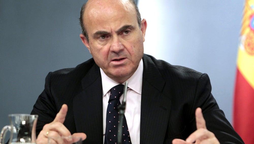 Luis de Guindos, en la rueda de prensa posterior al Consejo de ministros