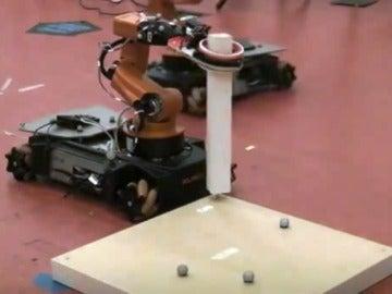 Diseñan un robot capaz de montar los muebles de Ikea