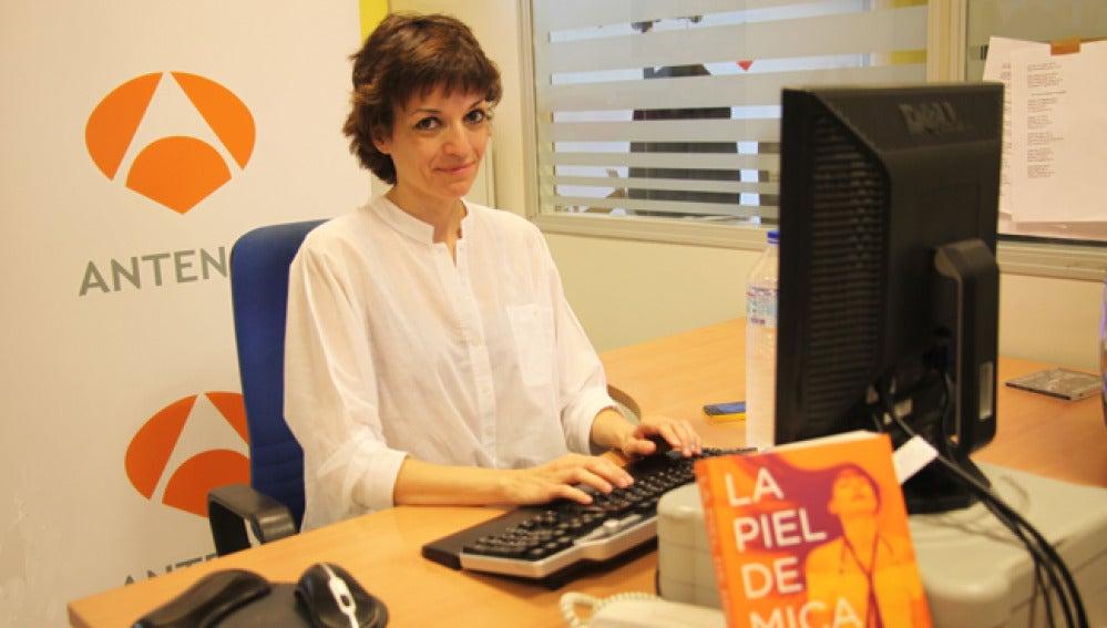 Paloma Bravo responde a los internautas de antena3.com.