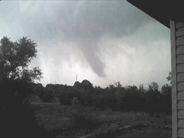 Varios tornados llegan a Texas, EEUU