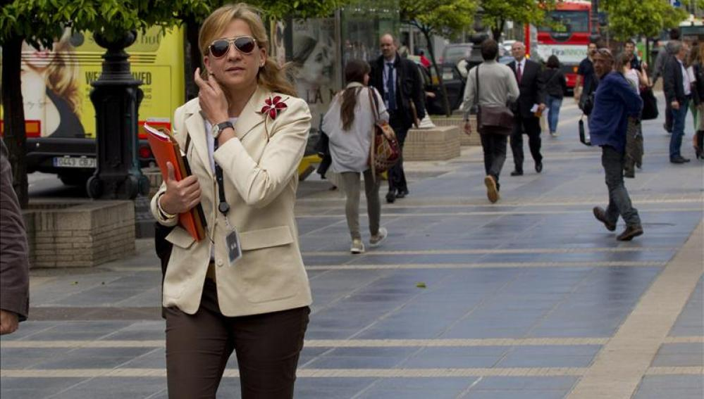 La Infanta Cristina se dirige al trabajo