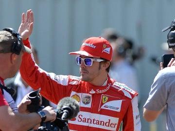 Fernando Alonso en el driver parade